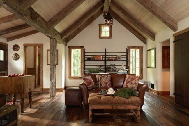 Cozy rustic tiny house
